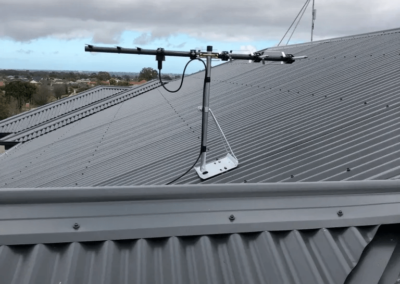 T&R Digital Antenna Installations - Antenna Installation Short on Top of Roof