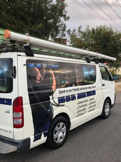 T&R Digital Antenna Installations - Main Website Banner Antenna Installation Car Side