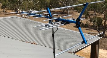 T&R Digital Antenna Installations - Right Antenna Installations Image